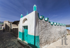Narrow alleyway of ancient city of Jugol in the morning. Harar.