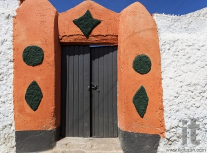 Typical house entrance in ancient city of Jugol. Harar. Ethiopia