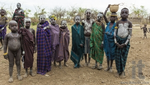 Unidentified children from Mursi tribe in Mirobey village. Mago